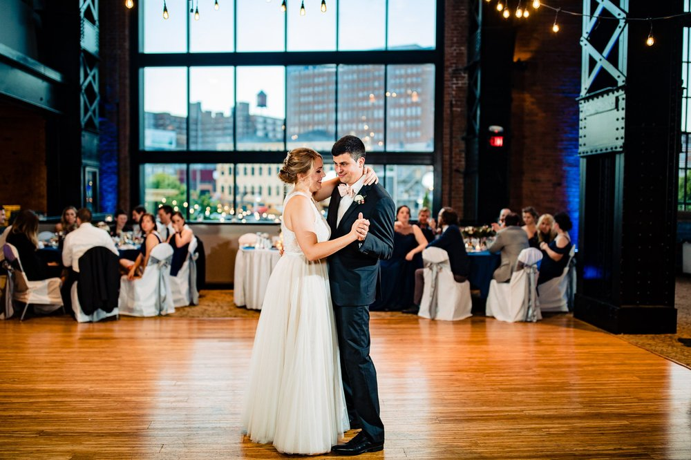 Windows on the River Wedding Photos Cleveland 67.jpg