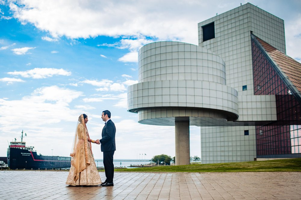 Great Lakes Science Center Wedding Photographer in Cleveland 49.jpg