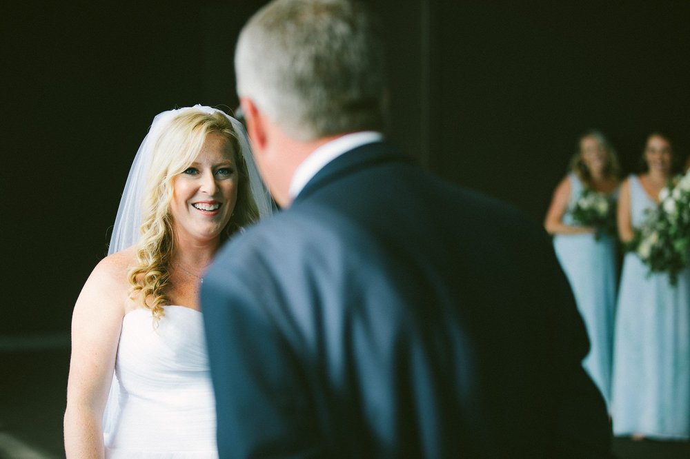 Aloft Hotel Lago Wedding Photographer in Downtown Cleveland 33.jpg