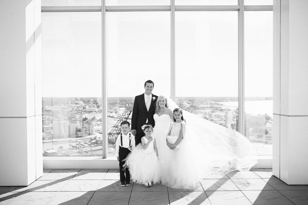 Aloft Hotel Lago Wedding Photographer in Downtown Cleveland 52.jpg