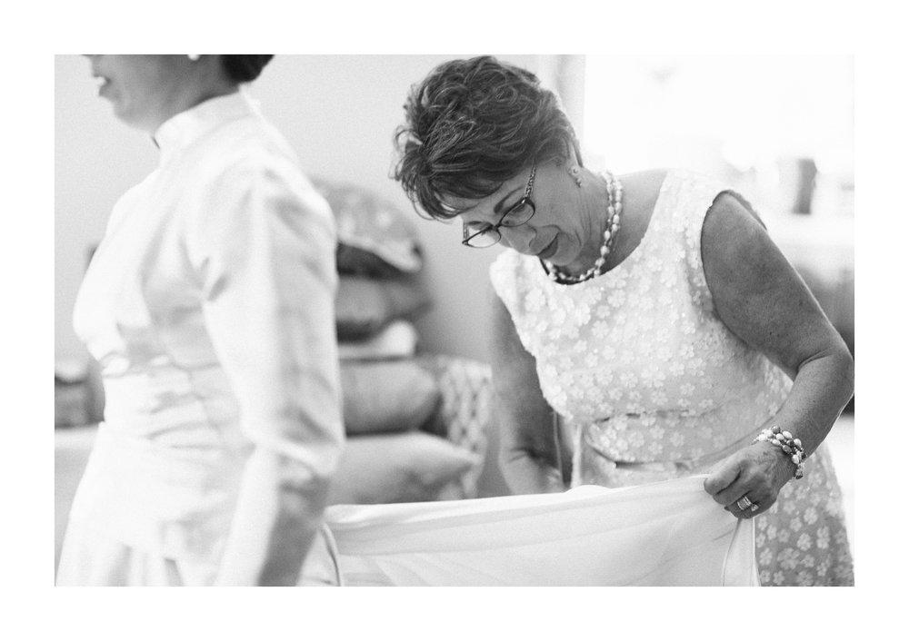 The 925 Building Cleveland Wedding Photographer 7.jpg