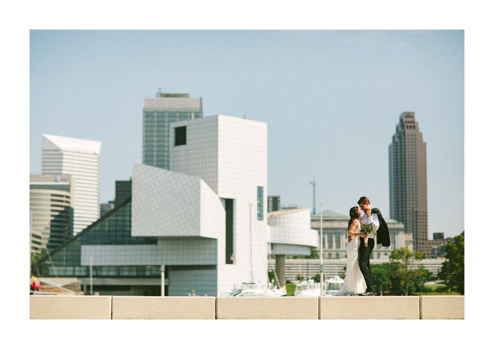 Hyatt Arcade Downtown Cleveland Wedding Photographer 35.jpg