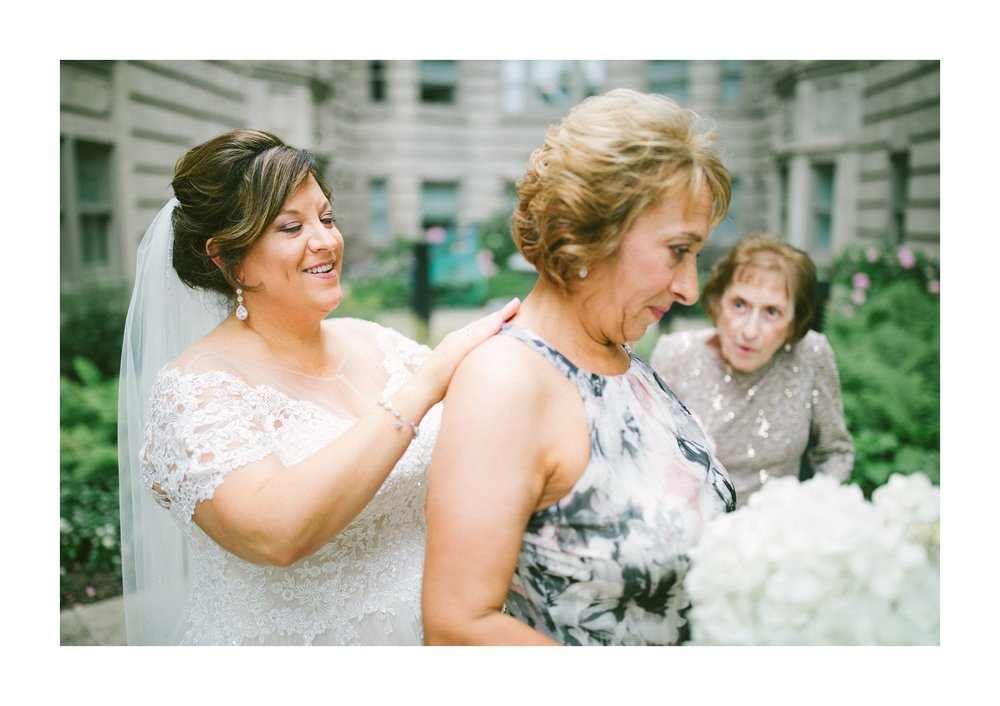 Cleveland Wedding Photographer 8.jpg