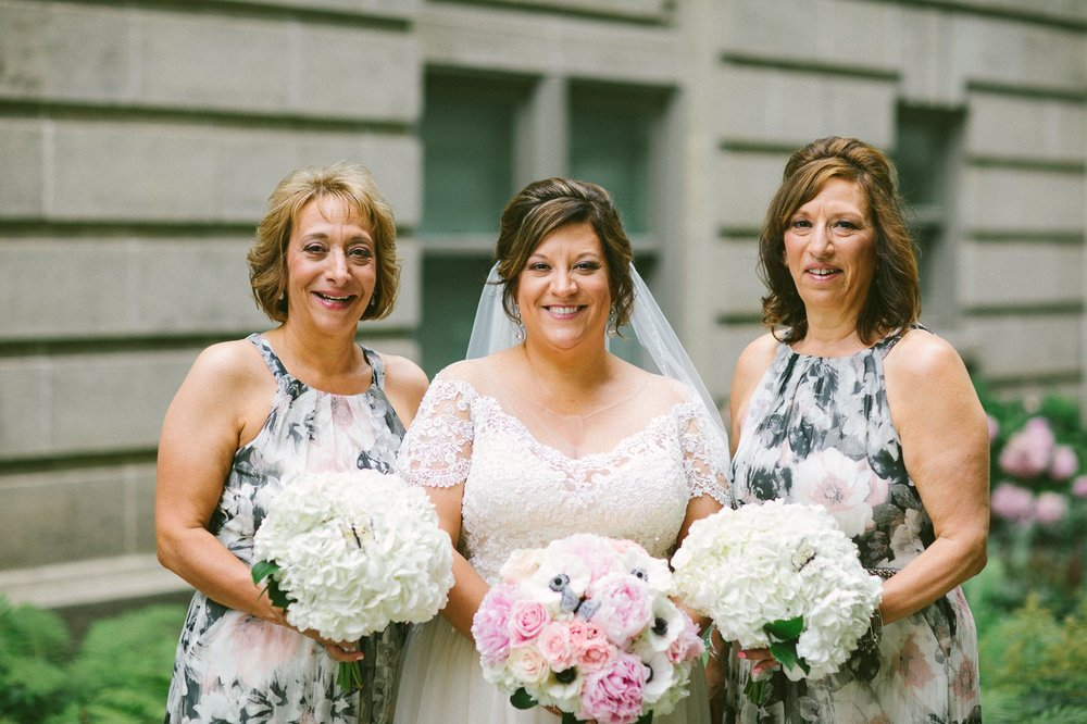 Cleveland Wedding Photographer 9.jpg