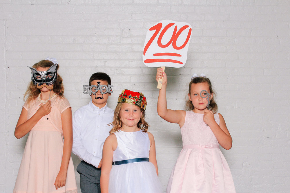 00009 The Madison Wedding Venue Cleveland Photobooth and Photographer.jpg