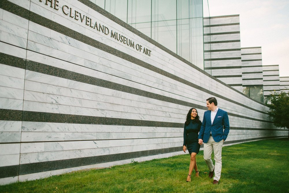 Cleveland Engagement Photographer 14.jpg