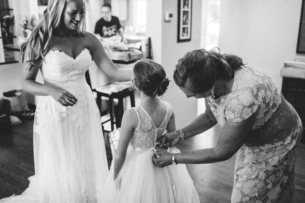 Crystal Brook Farms Wedding Photographer 1 19.jpg