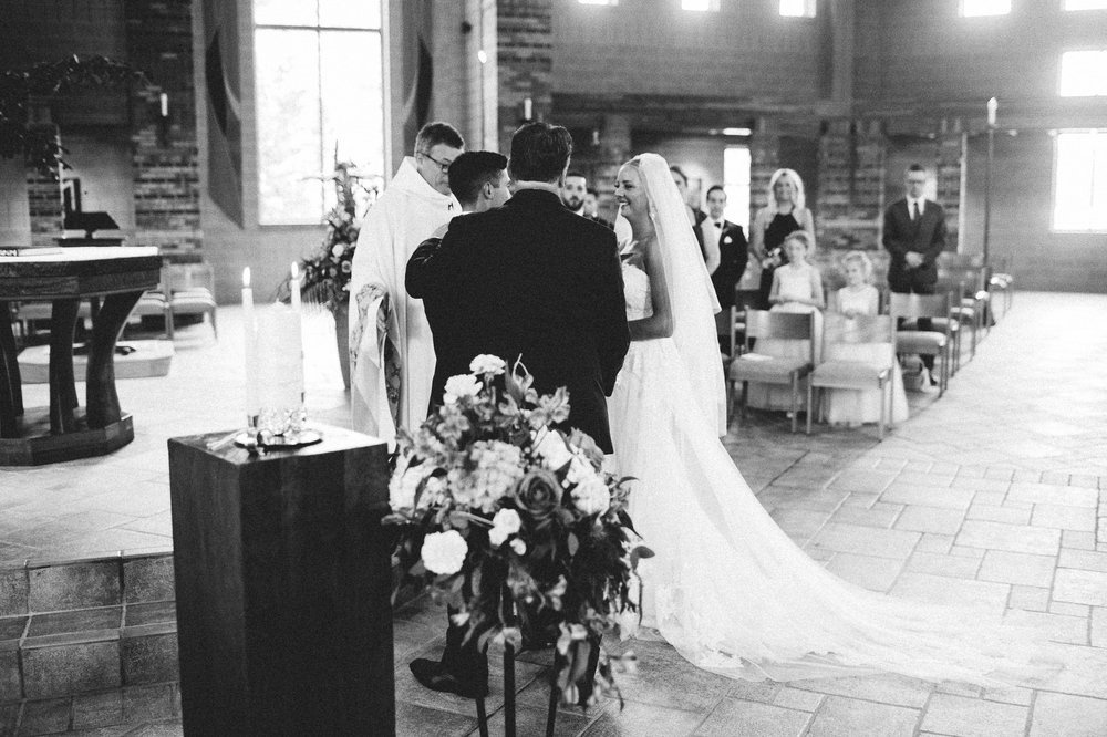Crystal Brook Farms Wedding Photographer 1 26.jpg