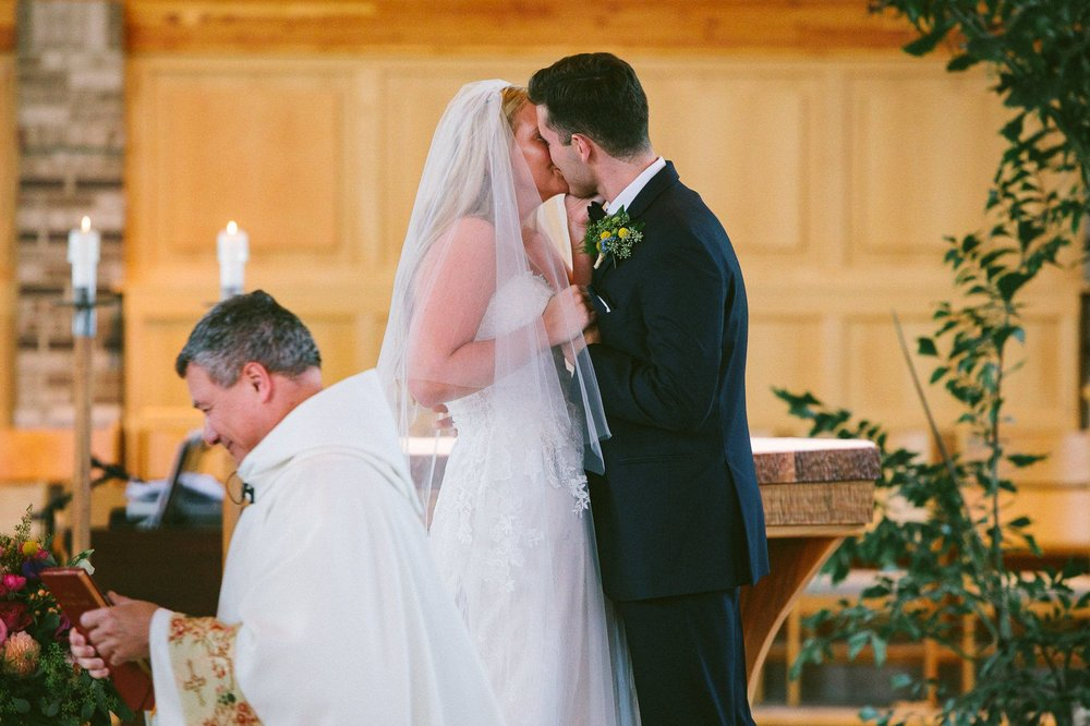 Crystal Brook Farms Wedding Photographer 1 34.jpg