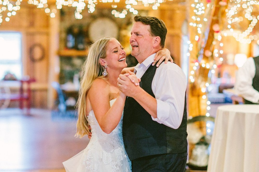 Crystal Brook Farms Wedding Phtoographer 2 28.jpg