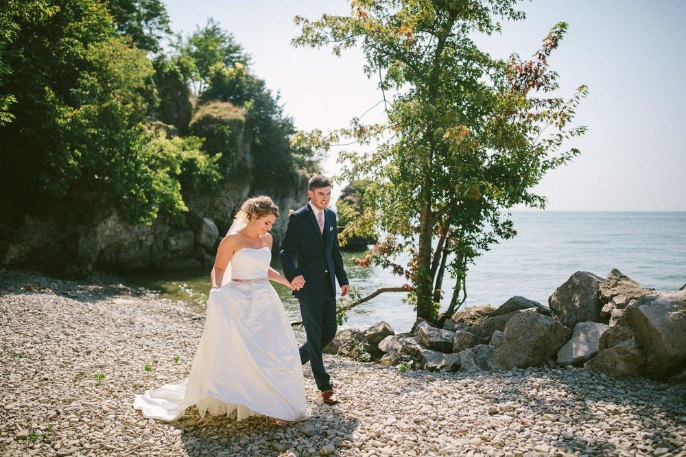 Catawba Island Club Wedding Photographer 1 39.jpg