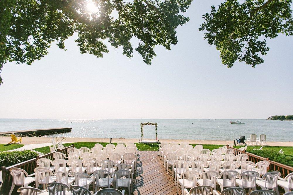 Catawba Island Club Wedding Photographer 1 41.jpg
