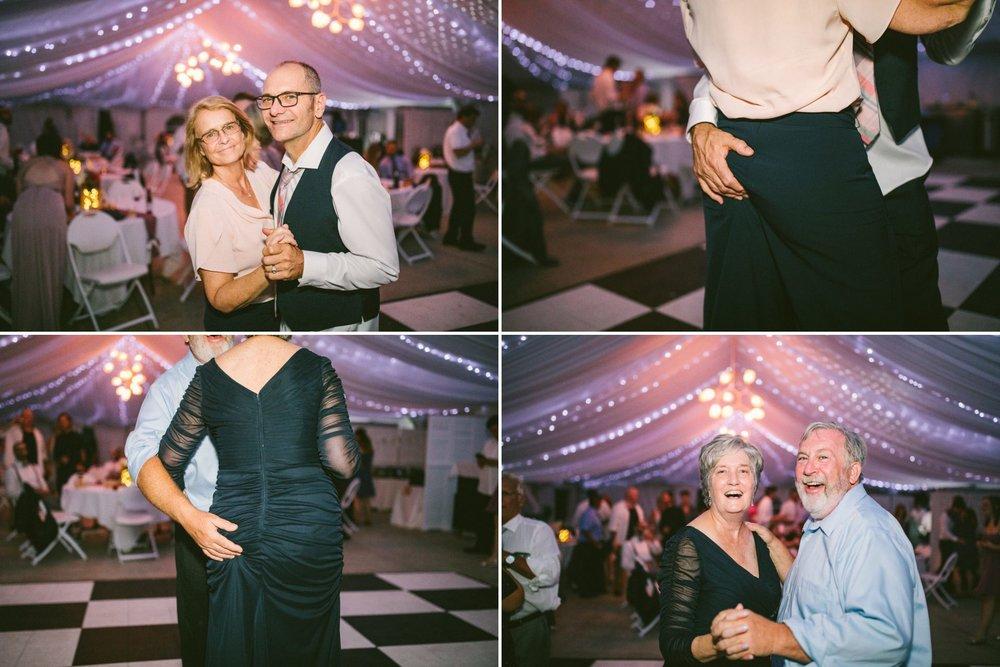 Catawba Island Club Wedding Photographer 2 33.jpg
