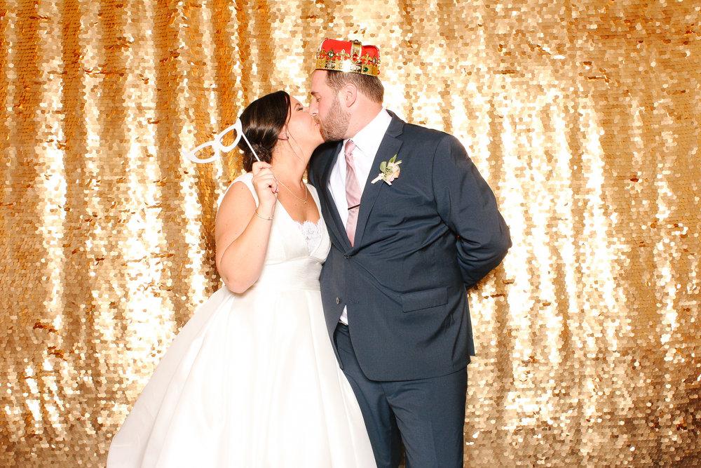 00002 Union Club Wedding Photobooth in Cleveland.jpg