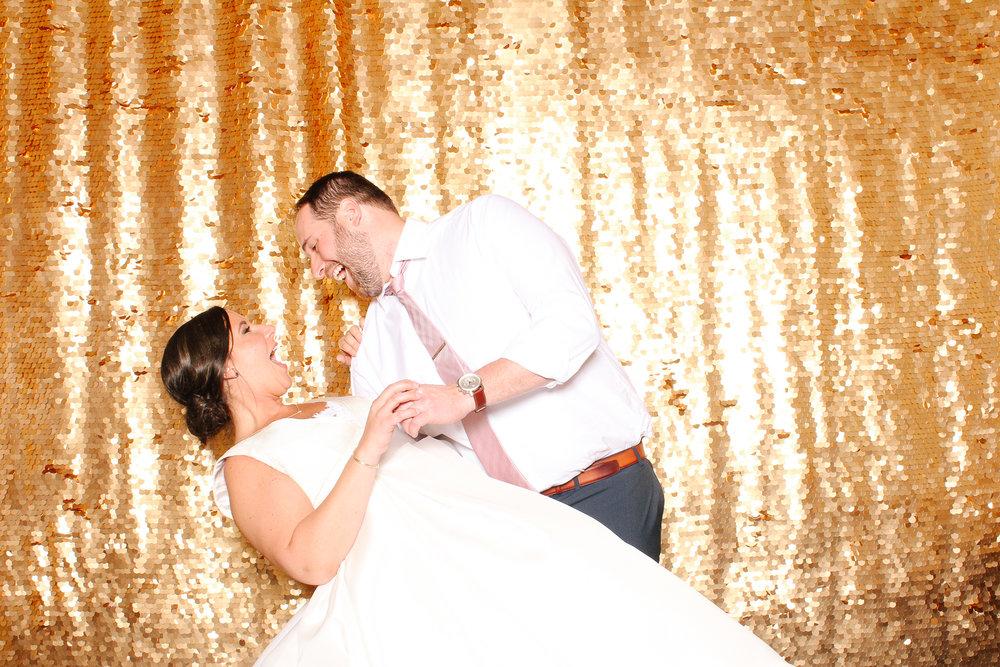 00187 Union Club Wedding Photobooth in Cleveland.jpg