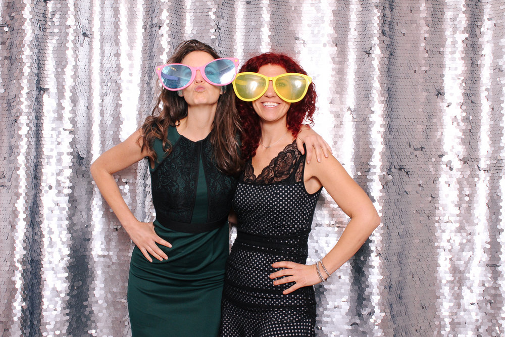 00006 Cleveland Wedding Photobooth in Flats East Bank.jpg