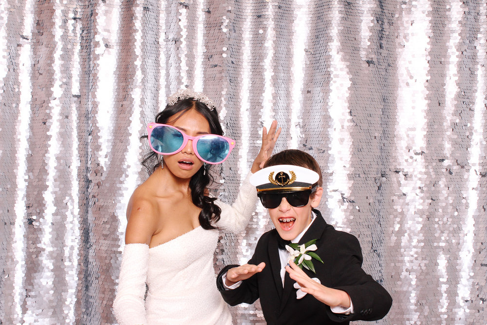 00094 Cleveland Wedding Photobooth in Flats East Bank.jpg