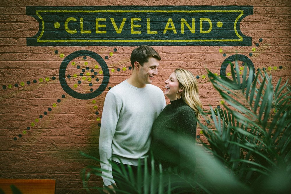 Ohio City Engagement Photographer 8.jpg