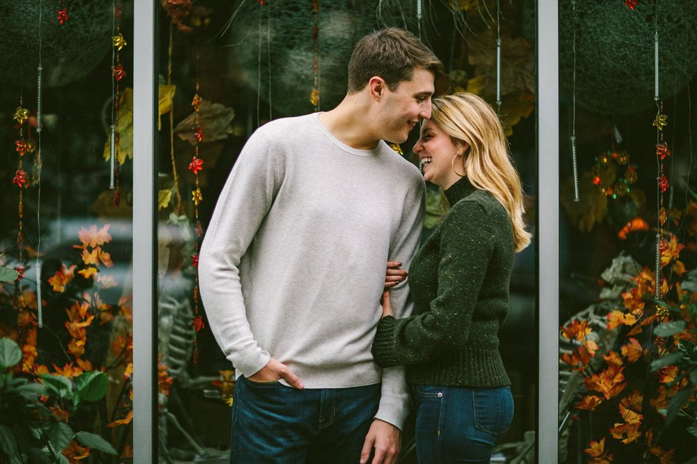 Ohio City Engagement Photographer 10.jpg