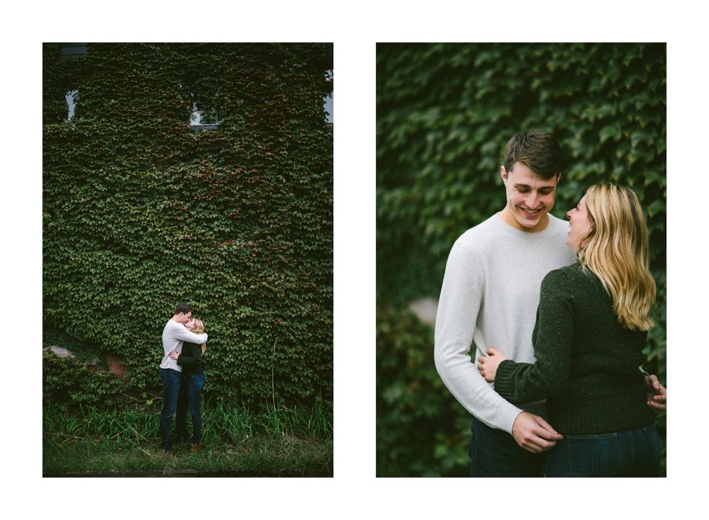 Ohio City Engagement Photographer 14.jpg