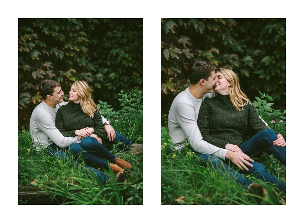 Ohio City Engagement Photographer 17.jpg