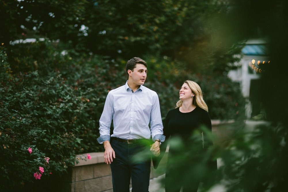 Ohio City Engagement Photographer 22.jpg