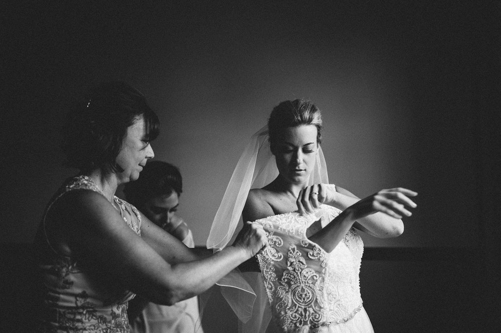 Tudor Arms Cleveland Hotel Wedding Photographer 1 13.jpg
