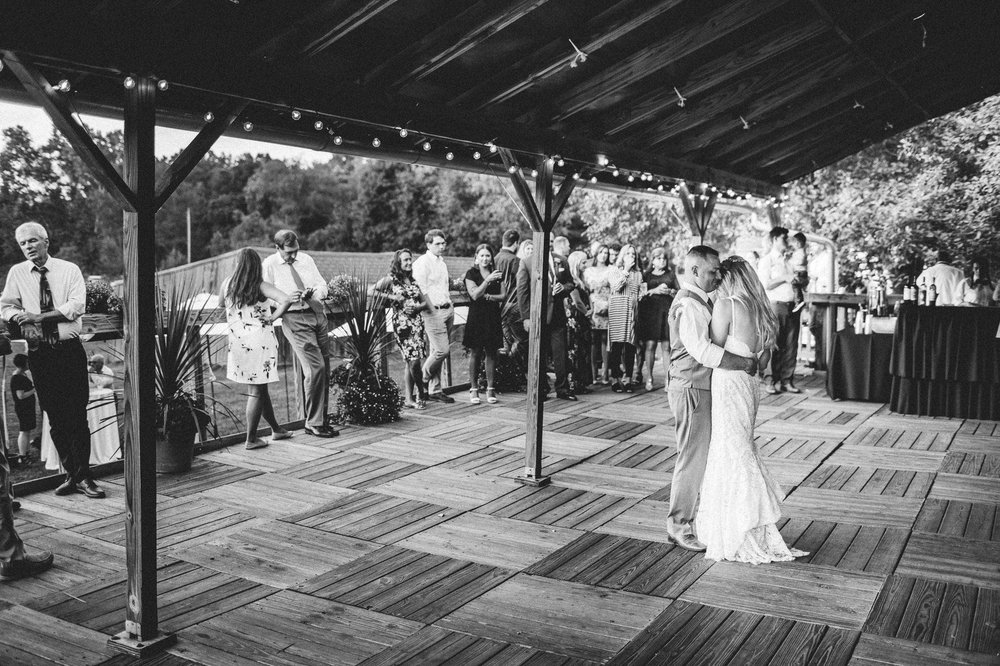Conrad Botzum Farmstead Wedding Photographer 00077.JPG