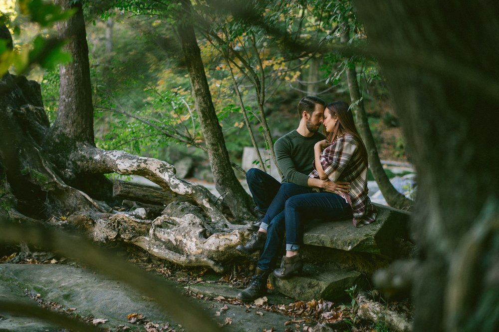 Olmsted Fall Covered Bridge Engagement Photos 3.jpg