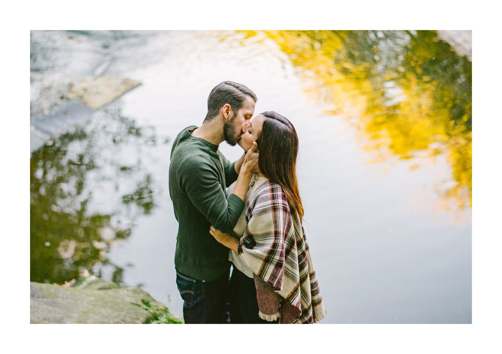 Olmsted Fall Covered Bridge Engagement Photos 20.jpg