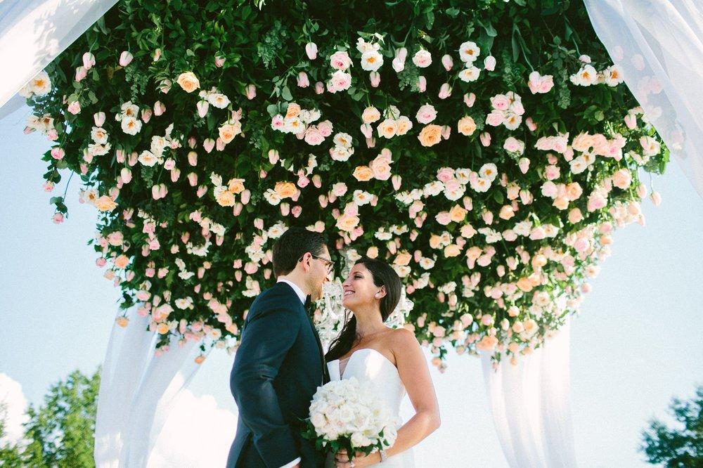 Beechmont Country Club Wedding Photographer in Beachwood 1 1.jpg