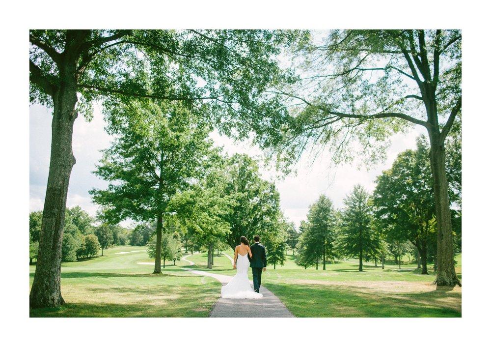 Beechmont Country Club Wedding Photographer in Beachwood 1 44.jpg