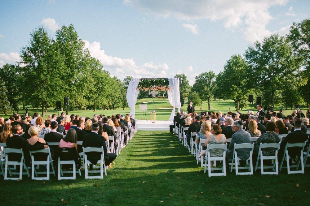 Beechmont Country Club Wedding Photographer in Beachwood 2 8.jpg
