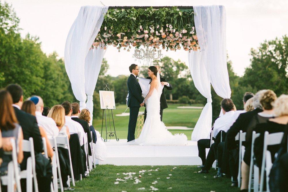 Beechmont Country Club Wedding Photographer in Beachwood 2 31.jpg