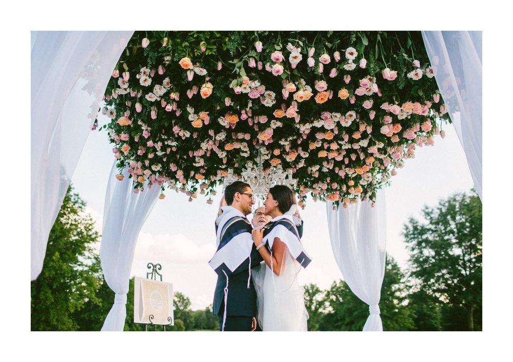 Beechmont Country Club Wedding Photographer in Beachwood 2 32.jpg