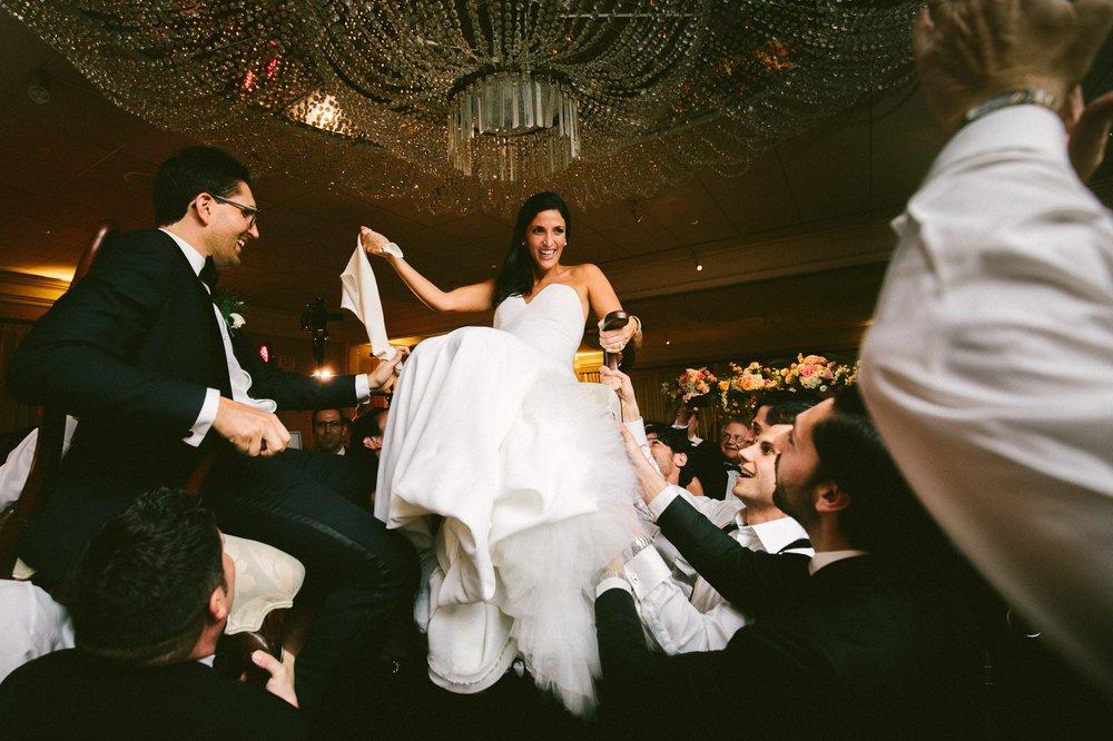 Beechmont Country Club Wedding Photographer in Beachwood 3 18.jpg