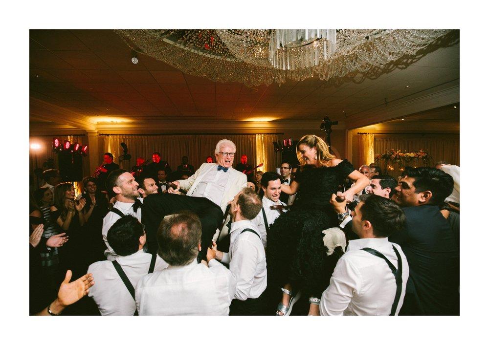 Beechmont Country Club Wedding Photographer in Beachwood 3 20.jpg