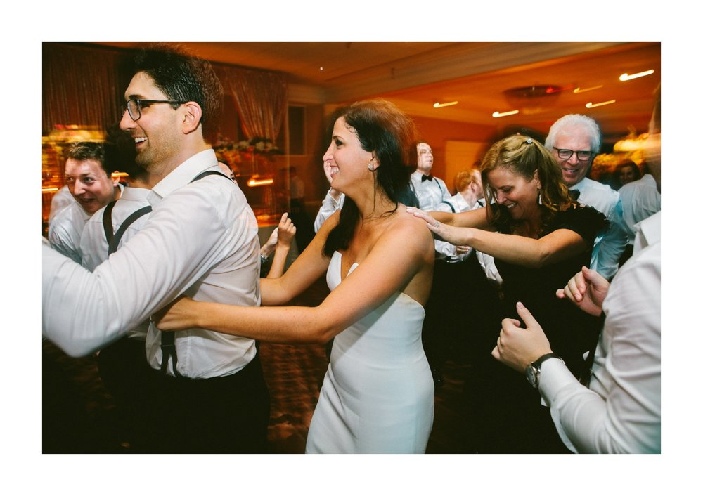 Beechmont Country Club Wedding Photographer in Beachwood 3 32.jpg