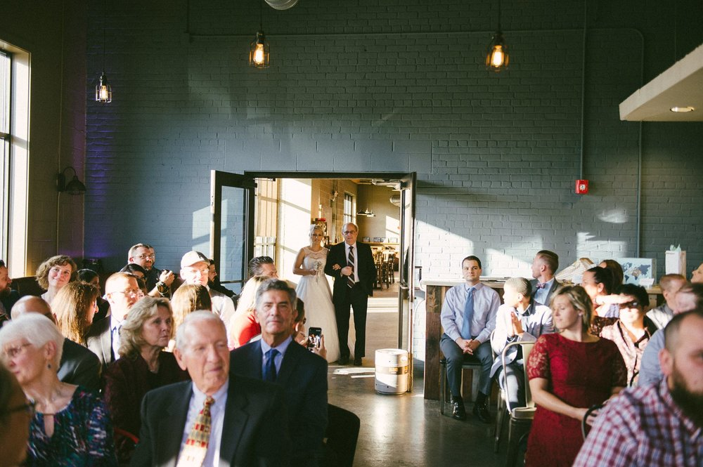 Goldhorn Brewery Wedding Photos in Cleveland 2 10.jpg