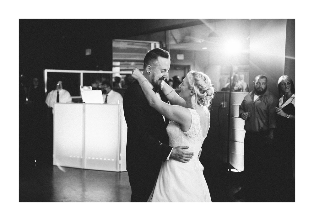 Goldhorn Brewery Wedding Photos in Cleveland 2 39.jpg