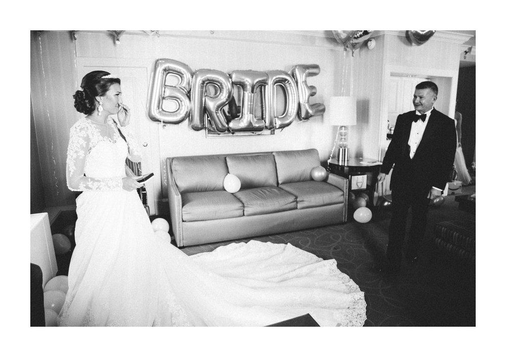 Renaissance Hotel Wedding Photos in Cleveland 1 26.jpg