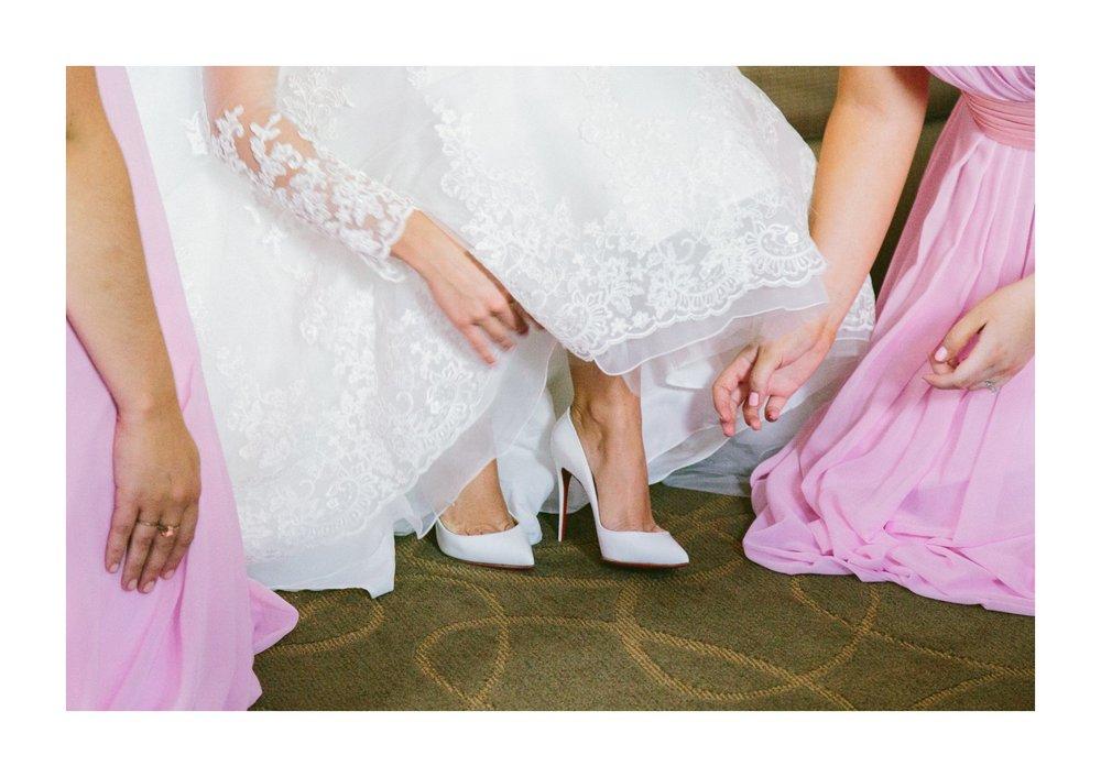Renaissance Hotel Wedding Photos in Cleveland 1 34.jpg