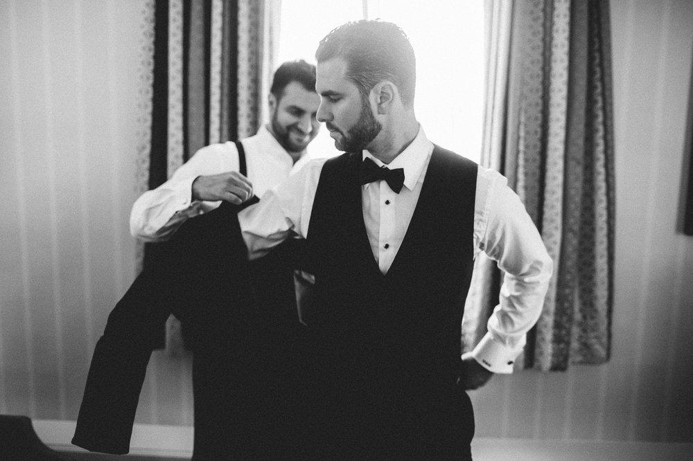 Renaissance Hotel Wedding Photos in Cleveland 1 36.jpg