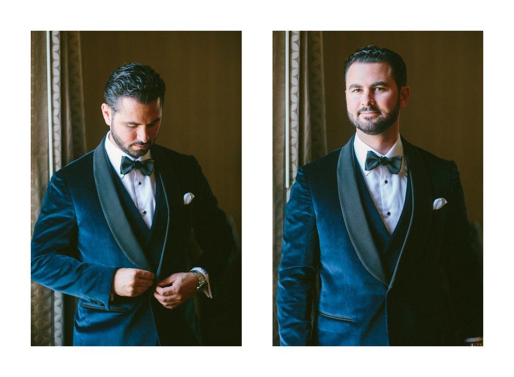 Renaissance Hotel Wedding Photos in Cleveland 1 38.jpg