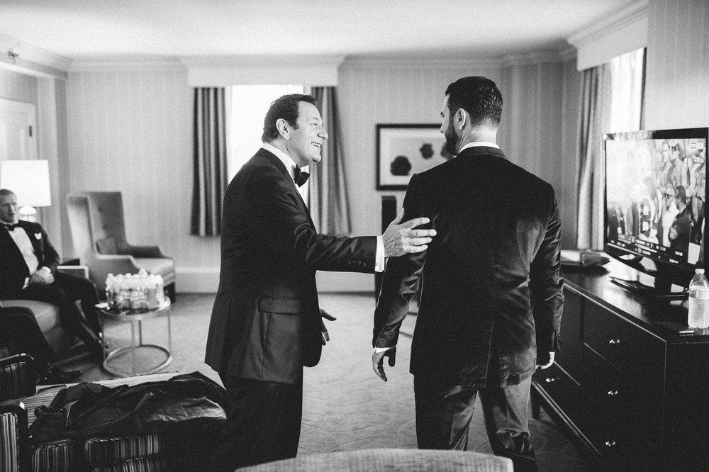 Renaissance Hotel Wedding Photos in Cleveland 1 39.jpg