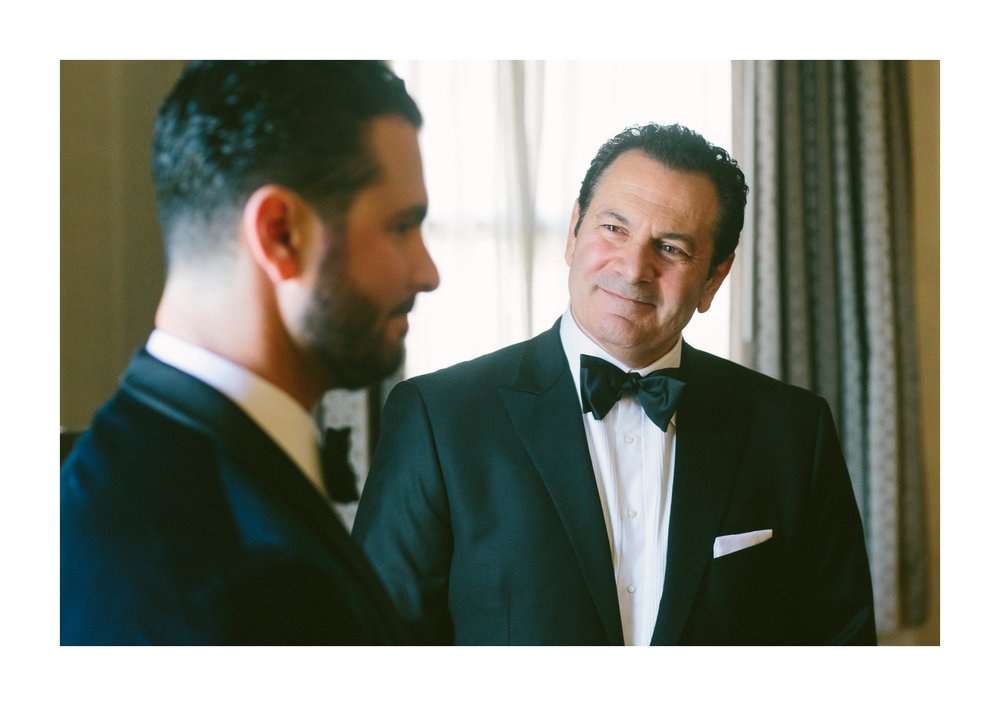 Renaissance Hotel Wedding Photos in Cleveland 1 42.jpg