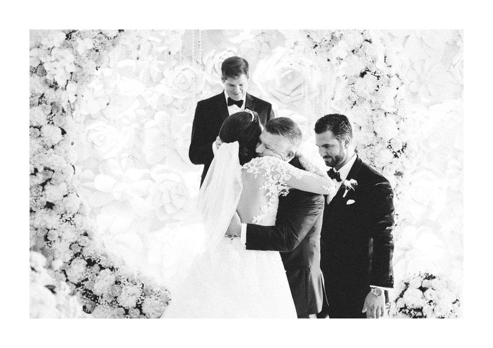 Renaissance Hotel Wedding Photos in Cleveland 2 14.jpg