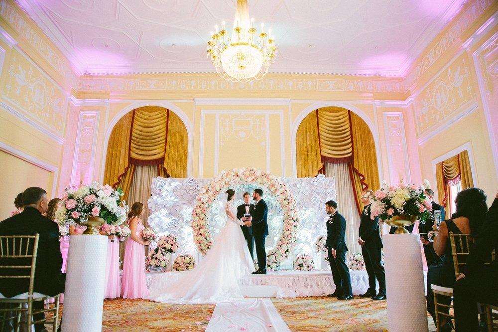 Renaissance Hotel Wedding Photos in Cleveland 2 15.jpg
