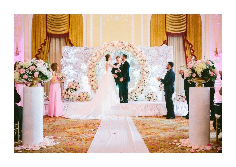Renaissance Hotel Wedding Photos in Cleveland 2 24.jpg