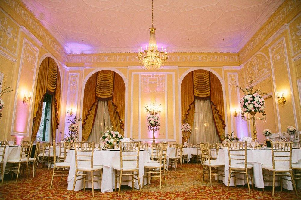 Renaissance Hotel Wedding Photos in Cleveland 3 18.jpg